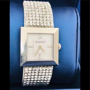 💃 💃 💃 Swarovski watch